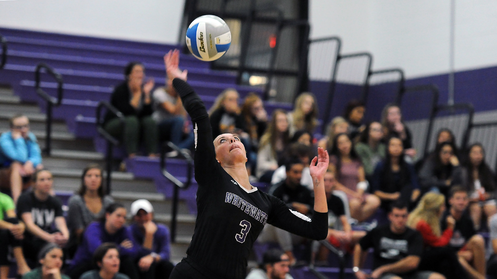 No 12 Volleyball Hangs On For Road Win University Of Wisconsin Whitewater Athletics